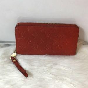 100%Authentic Louis Vuitton Empreinte Zippy Wallet